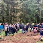 Die Pflanzaktion war gut nachgefragt. ©Landkreis Mansfeld-Südharz