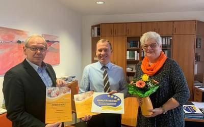 Helios Kliniken für seniorenfreundlichen Service ausgezeichnet