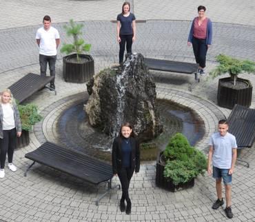 Sieben junge Leute beginnen in der Kreisverwaltung ihre Ausbildung zur/m Verwaltungsfachangestellten